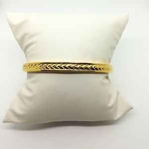 NWT Worthington braided gold tone bangle bracelet